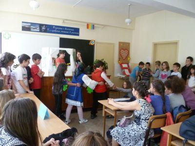 Ден на театъра 2 - ОУ Св. Св. Кирил и Методий - Карлово