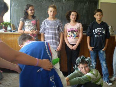 Ден на театъра - ОУ Св. Св. Кирил и Методий - Карлово